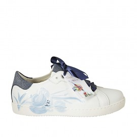 Woman's laced shoe with removable insole in white floral printed leather and laminated blue leather wedge heel 2 - Available sizes:  33, 34, 43, 44, 46