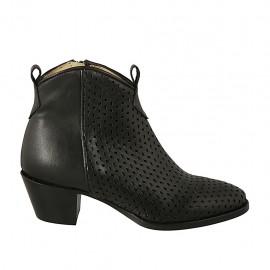 Damenstiefelette mit Reißverschluss aus schwarzem Leder und perforiertem Leder Absatz 5 - Verfügbare Größen:  34, 45