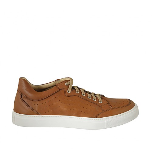 Man's laced shoe with removable insole in tan leather and pierced leather - Available sizes:  47, 48, 49, 50