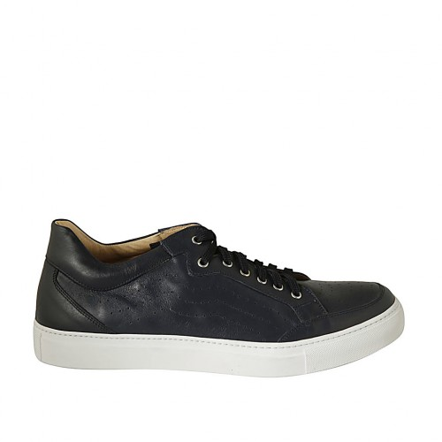 Man's laced shoe with removable insole in blue leather and pierced leather - Available sizes:  47, 48, 49, 50