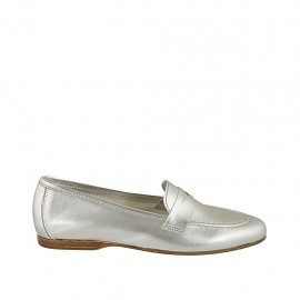 Woman's loafer in silver laminated leather heel 1 - Available sizes:  33, 43, 44