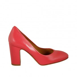 Woman's pump shoe in red leather heel 8 - Available sizes:  32, 33, 34, 45