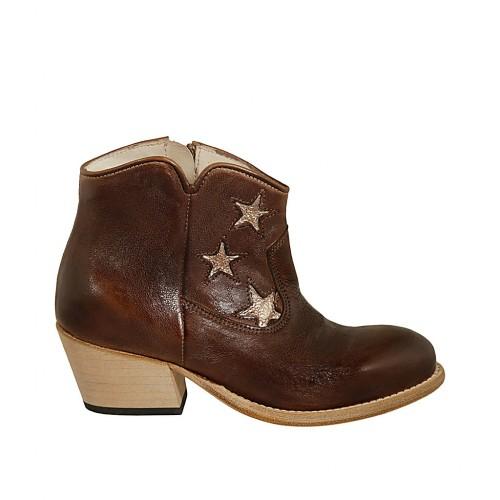 Texanische Damenstiefelette mit Reißverschluss und platinfarbenen Sternen aus braunem Leder Absatz 5 - Verfügbare Größen:  32, 33, 34, 42, 45