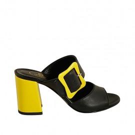 Sabo abierto para mujer con hebilla en piel negra y charol amarillo tacon 7 - Tallas disponibles:  31, 32, 33, 34, 42, 43, 44, 45