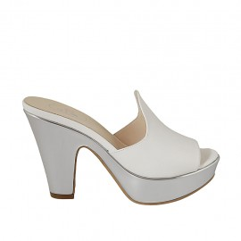 Woman's open mule in white leather and silver patent leather with platform and heel 10 - Available sizes:  34, 42, 43, 44