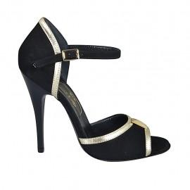 Zapato abierto para mujer con accesorio en gamuza negra y piel platino tacon 11 - Tallas disponibles:  32, 33, 34, 42, 44, 45, 46