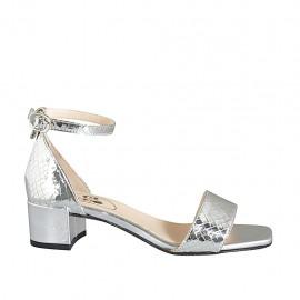 Zapato abierto con cinturon para mujer en piel laminada estampada plateada tacon 4 - Tallas disponibles:  32, 33, 34, 42, 43, 44, 45, 46