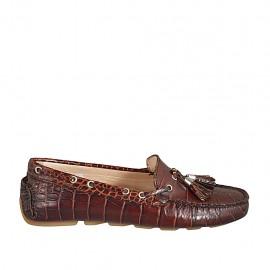 ?Damenmokassin mit herausnehmbarer Innensohle und Quasten aus braunem bedrucktem Leder  - Verfügbare Größen:  33, 42, 43
