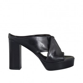 Woman's mules in black leather with platform and heel 10 - Available sizes:  32, 33, 34