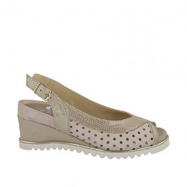 Sandale pour femmes avec semelle interieur amovible en daim perforé beige et imprimé laminé platine talon compensé 5 - Pointures disponibles:  32, 34, 44, 45