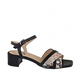 Sandalia para mujer con cinturon en piel negra y imprimida rosa tacon 4 - Tallas disponibles:  32, 34, 43, 45, 46