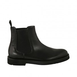 Men's ankle boot in black leather with elastic bands