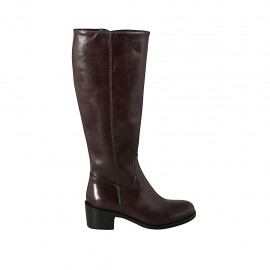 Woman's boot in brown leather with zipper heel 5
