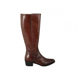 Woman's pointy boot with zipper in tan brown leather heel 4