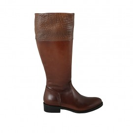 Woman's boot with zipper in tan brown leather and printed leather heel 3