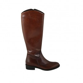 Woman's boot with zipper in tan brown leather heel 3