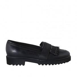 Mokassin für Damen mit Frasen und Nieten aus schwarzem Leder Absatz 3 - Verfügbare Größen:  42, 43, 44