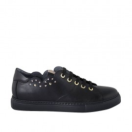 Woman's laced shoe with removable insole and studs in black leather wedge heel 3 - Available sizes:  43, 44, 45