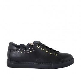 Zapato para mujer con cordones, tachuelas y plantilla extraible en piel negra cuña 3 - Tallas disponibles:  43, 44, 45