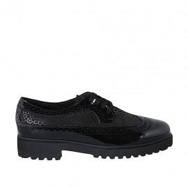 Zapato derby para mujer con cordones y punta de ala en charol negro y gamuza laminada imprimida bronce tacon 3 - Tallas disponibles:  42, 43, 44, 45
