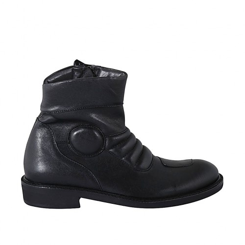Men's ankle boot with zipper in black leather - Available sizes:  37, 38, 47, 48, 49, 50