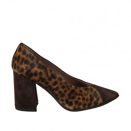Women's pointy pump shoe in brown suede and spotted fur leather heel 8 - Available sizes:  32, 33, 34, 42, 43, 44, 45