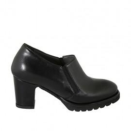 Zapato cerrado para mujer con elasticos y plantilla extraible en piel negra tacon 7 - Tallas disponibles:  32, 33, 34, 42, 43, 44, 45