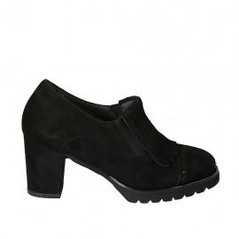Zapato cerrado para mujer con elasticos, plantilla extraible y flecos en gamuza negra tacon 7 - Tallas disponibles:  32, 33, 34, 42, 43, 44, 45