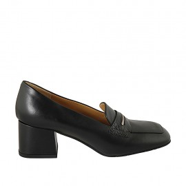 Woman's mocassin in black leather and printed leather heel 5 - Available sizes:  32, 33, 34, 42, 43, 44, 45