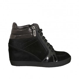 Woman's laced shoe with zippers in black leather, patent leather and suede wedge heel 6 - Available sizes:  32, 33, 34