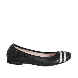 Woman's ballerina shoe in black and silver leather heel 1