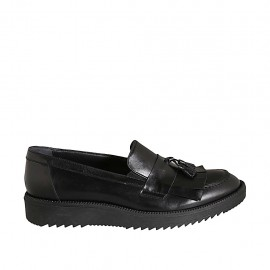 Woman's moccasin shoe with fringes and tassels in black leather wedge heel 3 - Available sizes:  42, 43, 44, 45
