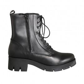 Botin para mujer modelo combate con cordones y cremalleras en piel negra tacon 5 - Tallas disponibles:  42, 43, 44, 45