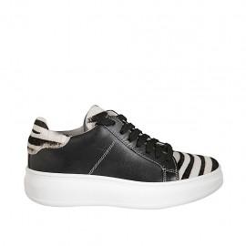 Zapato para mujer con cordones y plantilla extraible en piel negra y tejido forrado a rayas cuña 4 - Tallas disponibles:  42, 43, 44, 45