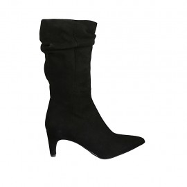 Woman's low pointy boot in black suede heel 6