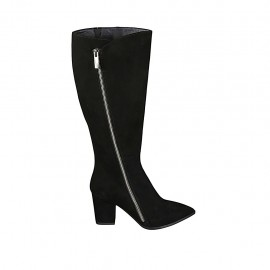 Woman's pointy boot with zipper in black suede heel 7