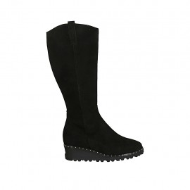 Woman's boot with zipper, studs and removable insole in black suede wedge heel 4