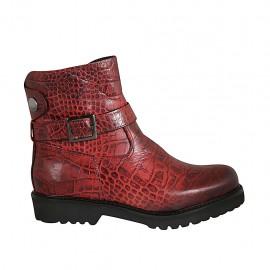 Botin para mujer en piel imprimida roja con cremallera, hebilla y boton metálico a presión tacon 3 - Tallas disponibles:  33, 34, 42, 43, 45