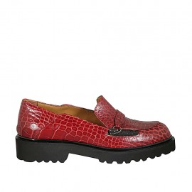 Woman's mocassin with zipper accessory in red printed leather heel 3