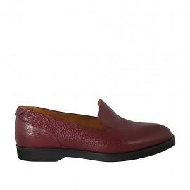 Woman's mocassin in maroon leather heel 2