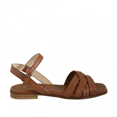 Sandale pour femmes avec courroie en cuir de couleur brun clair talon 2 - Pointures disponibles:  45