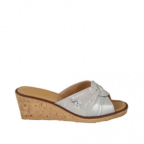 Zapato mule para mujer en piel y tejido laminado estampado plateado cuña 5 - Tallas disponibles:  42, 43, 45