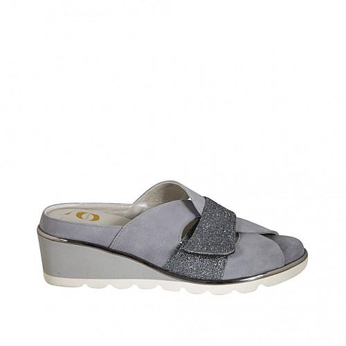 Zapato mule para mujer con plantilla removible y velcro en gamuza azul claro y azul brillante cuña 5 - Tallas disponibles:  31, 33, 34, 42, 43, 45