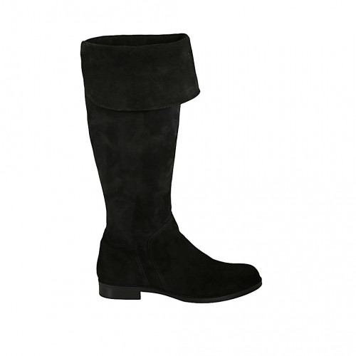 Woman's boot with turnover and zipper...